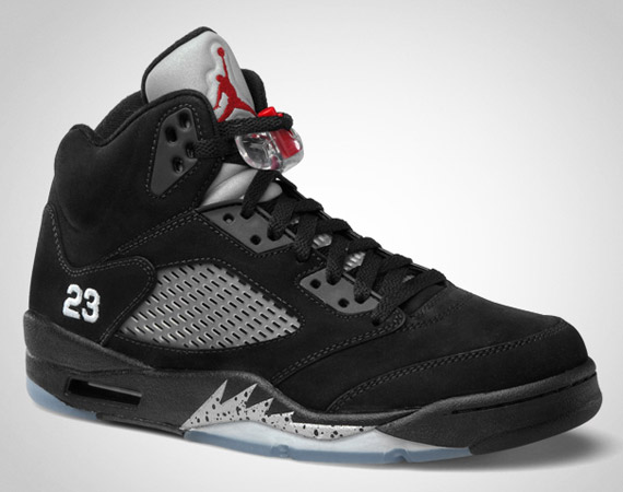 air-jordan-v-black-metallic-silver-official-images-2.jpg